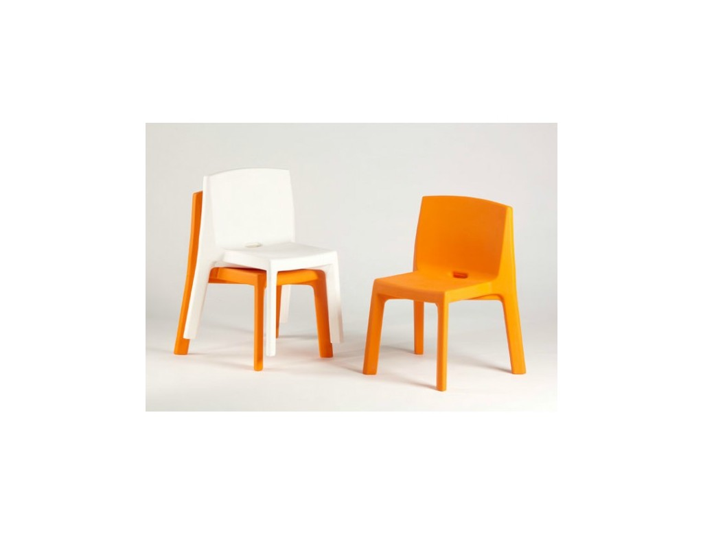 Q4 Slide Plastic Moulded Furniture Rijo Design